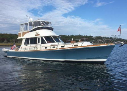 Banks For Sale >> Grand Banks Yachts Cruising Skylounge East Bay And