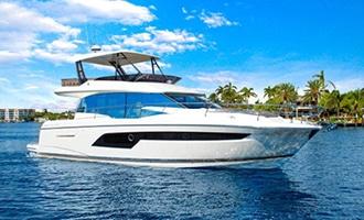 New Prestige 520 Flybridge Yacht