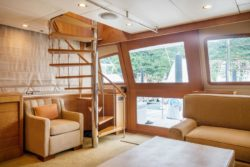 custom sportfish yacht 78 garlington salon