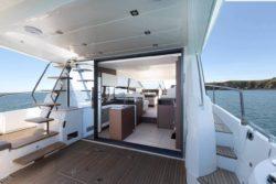 Prestige Yachts 520 FB