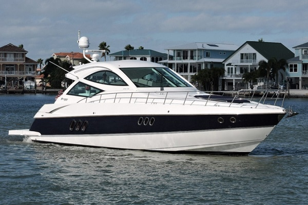 New 2012 CRUISERS YACHTS 540 SPORTS COUPE Yacht