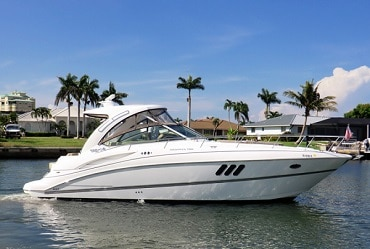 New 2013 CRUISERS 380 EXPRESS DIESEL Yacht