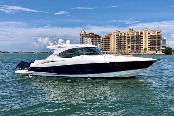 New 2015 CRUISERS YACHTS 45 CANTIUS Yacht