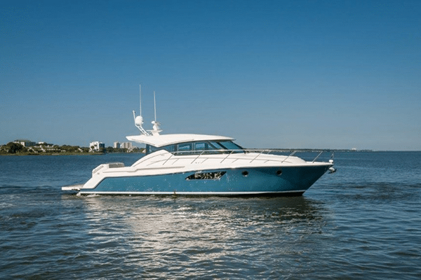 New 2016 Tiara Yachts 44 Coupe Yacht