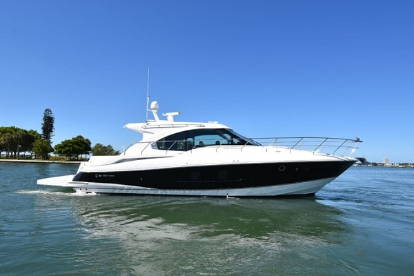 New 2017 CRUISERS YACHTS 45 CANTIUS Yacht