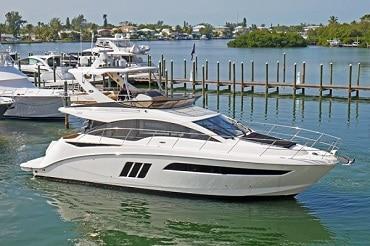 New 2017 SEA RAY 510 FLY Yacht