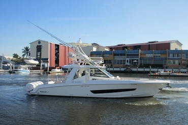 New 2018 BOSTON WHALER YACHTS 42 OUTRAGE Yacht