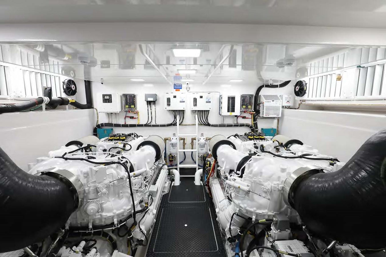 Viking 75 Motor yacht engine room