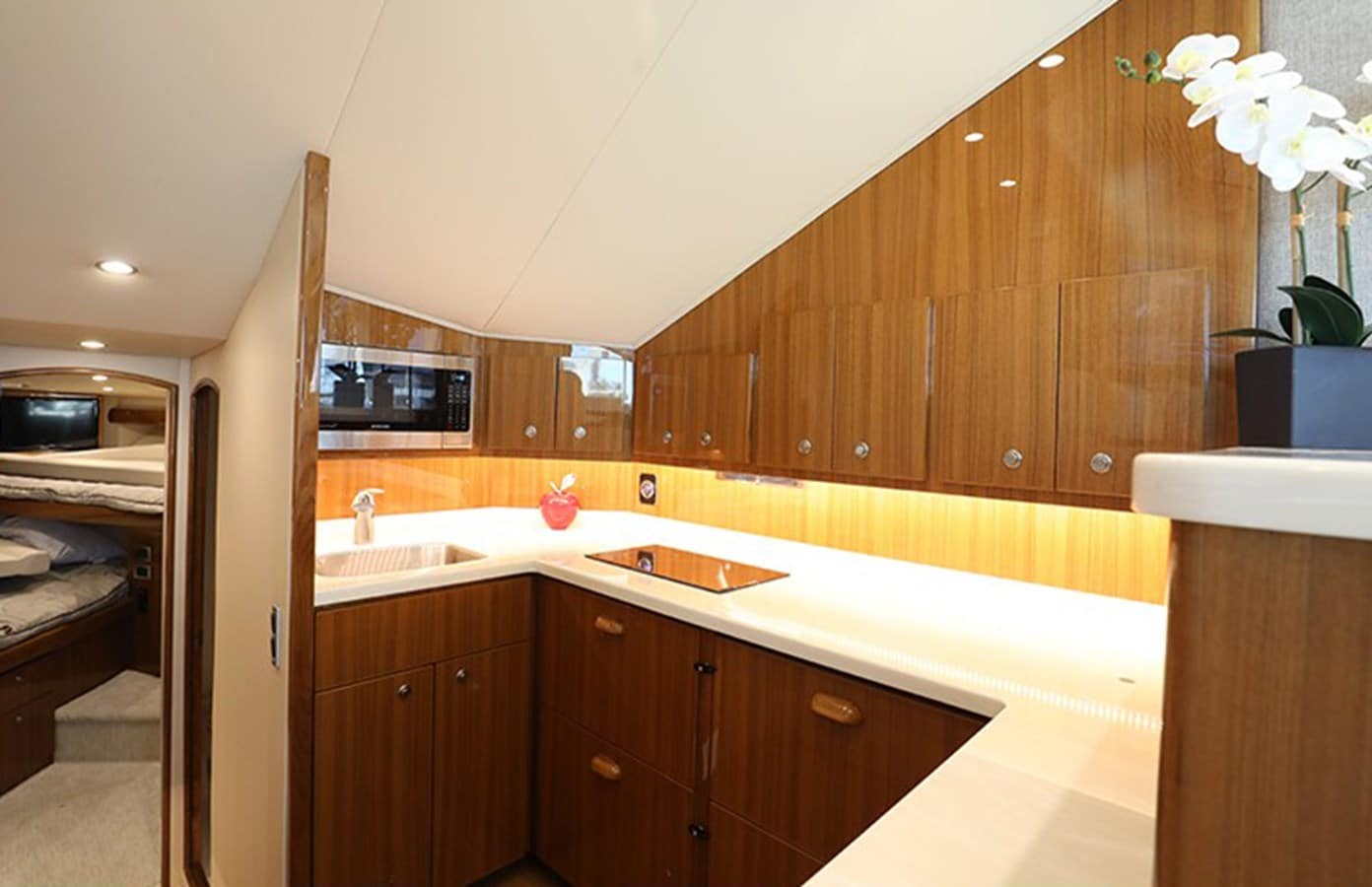 44galley
