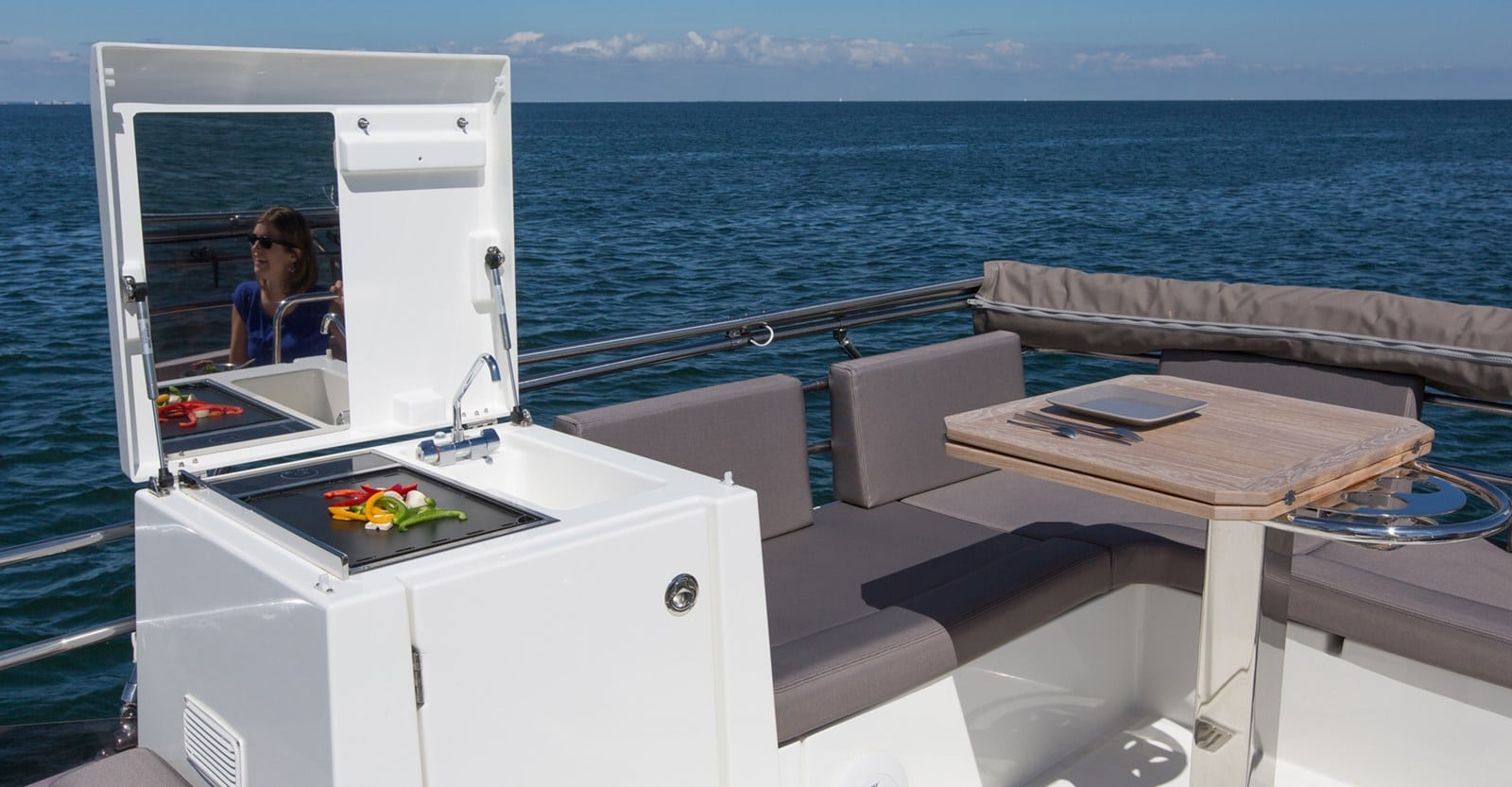 new prestige 420 flybridge yacht grill