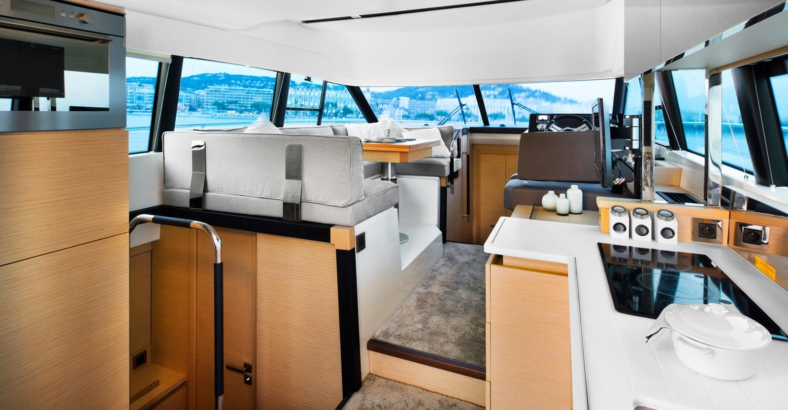 new prestige 420 flybridge yacht salon