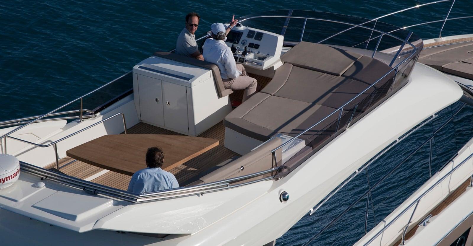 new prestige 500 flybridge yacht bridge helm