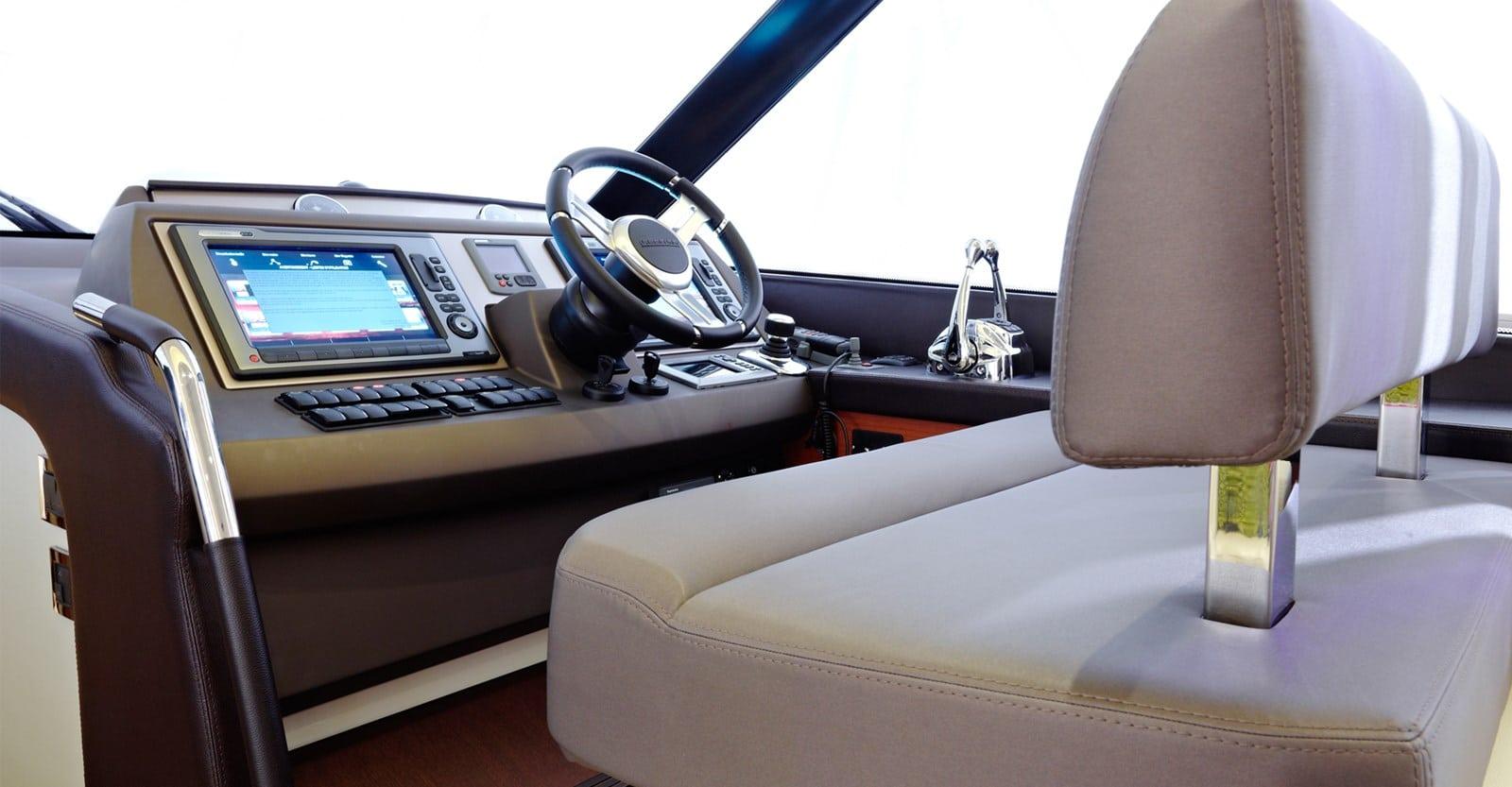 new prestige 560 yacht helm