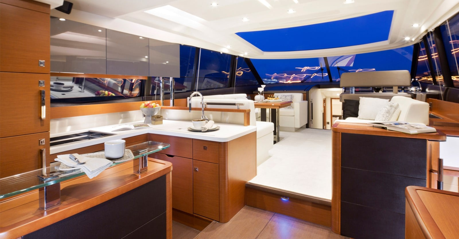 new prestige 560s yacht salon