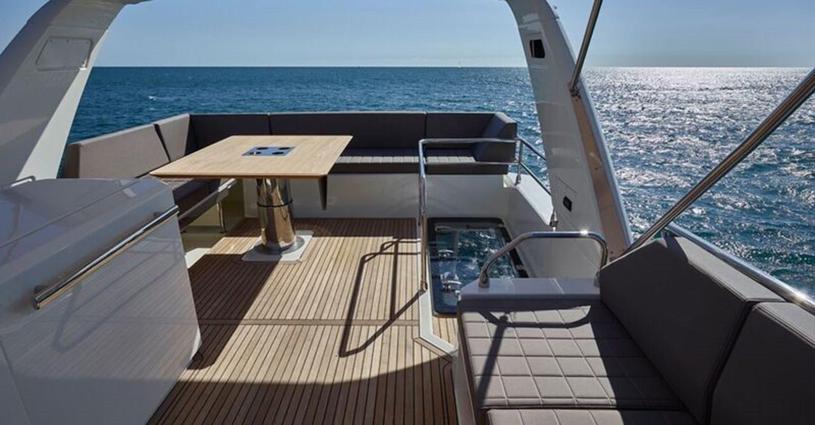 new prestige 630 yacht flybridge