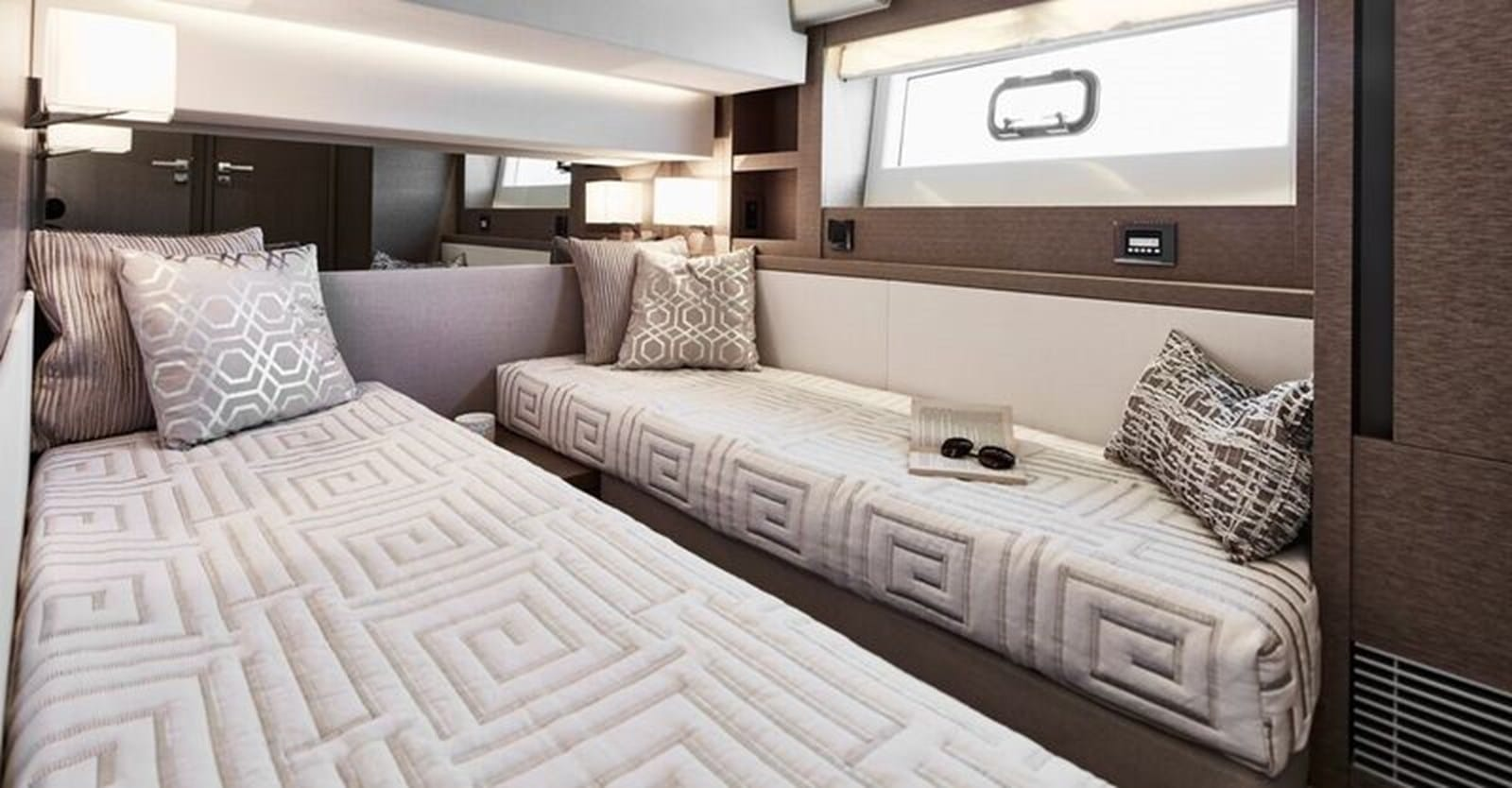new prestige 630 yacht guest stateroom