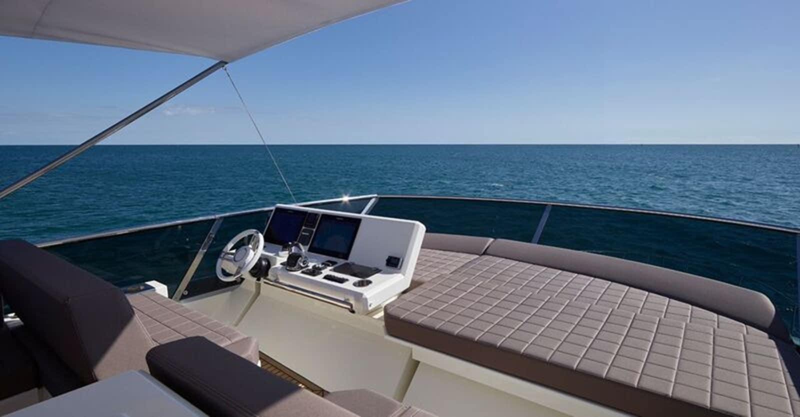 new prestige 630 yacht helm