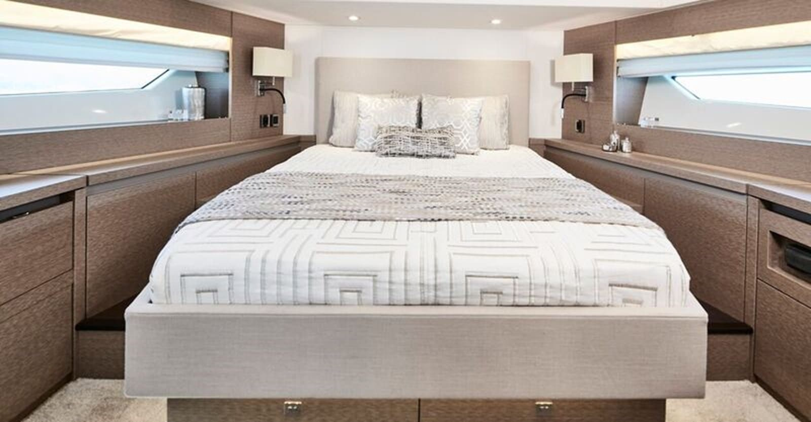 new prestige 630 yacht vip stateroom