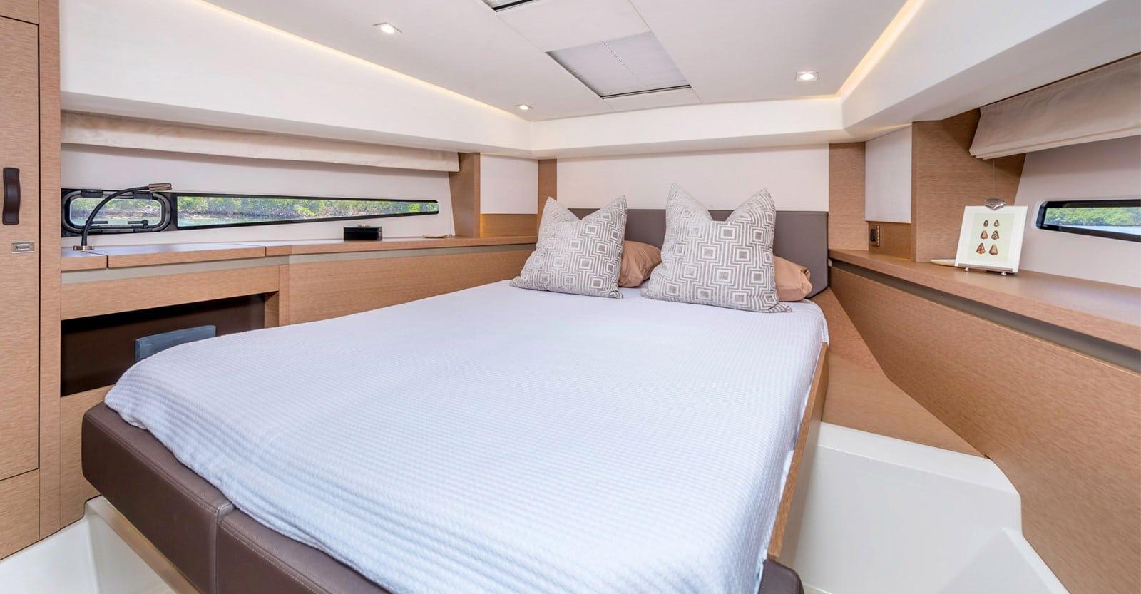 prestige 460 yacht vip stateroomjpg