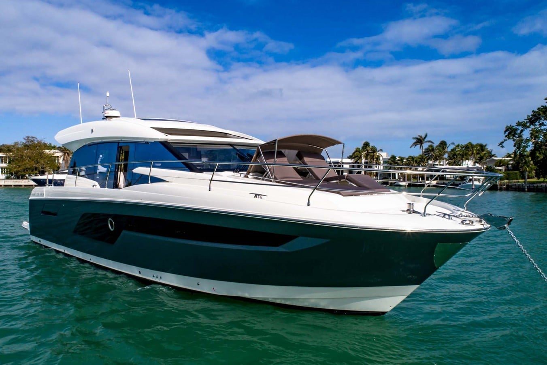 prestige 520s starboard profile
