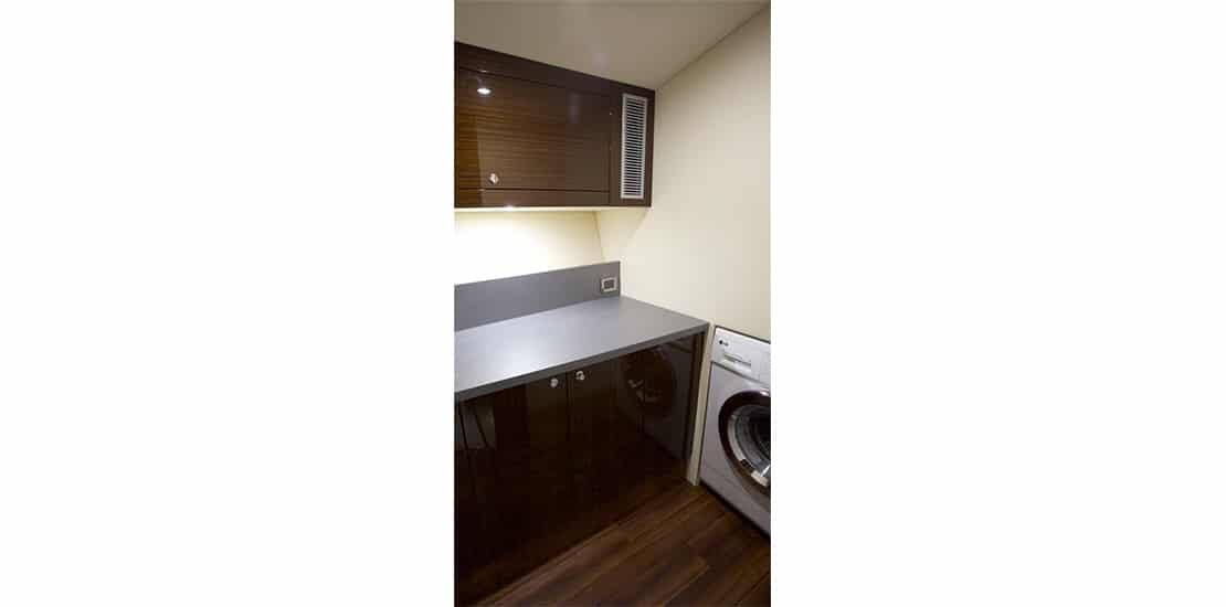 _0000s_0000_maritimo m51 yacht utilitiy room