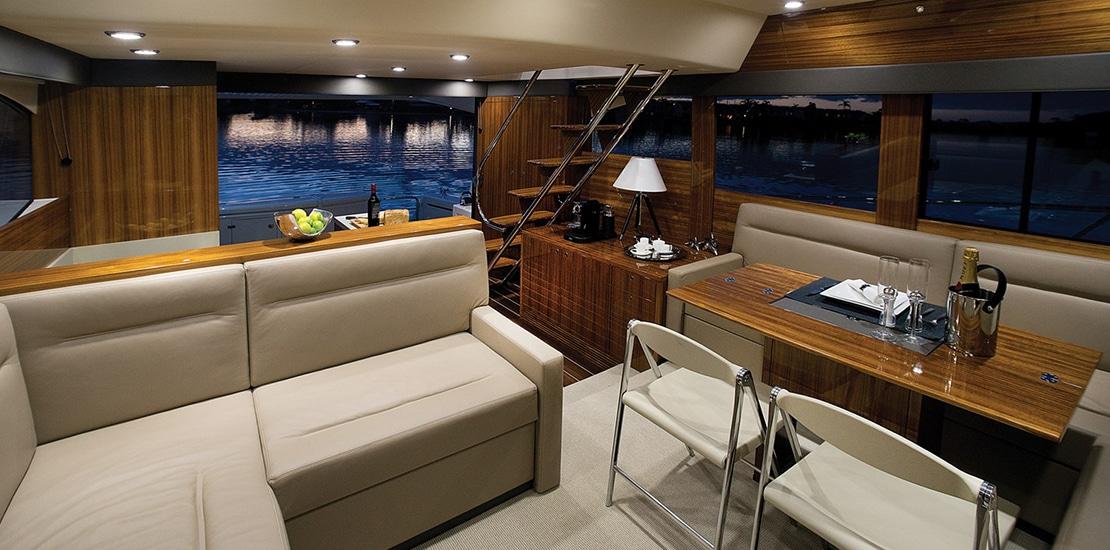 _0000s_0000_maritimo m54 yacht salon