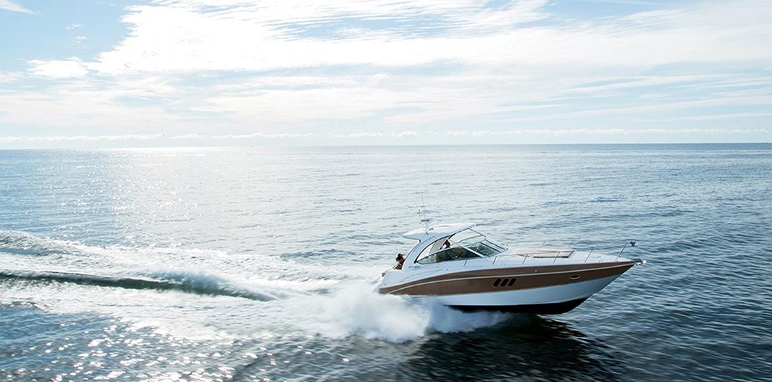 _0000s_0001_new cruisers 38 express yacht running