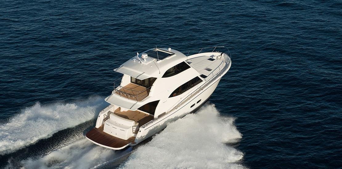 _0000s_0003_maritimo m54 yacht running3
