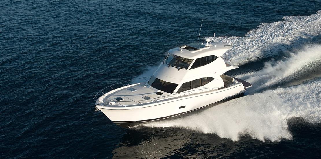 _0000s_0004_maritimo m54 yacht running2