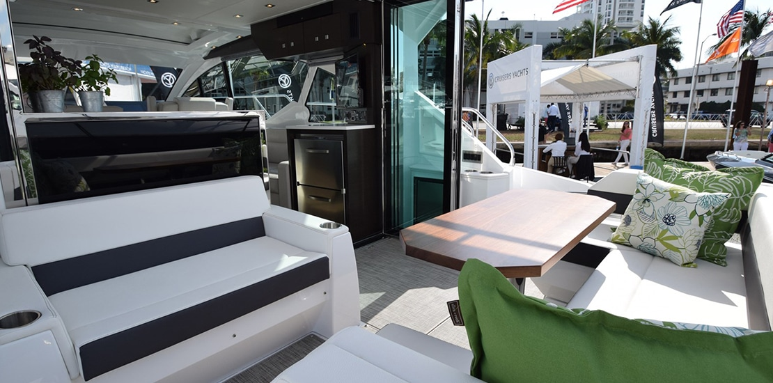 New Cruisers Yachts 50 Cantius | Galati Yachts
