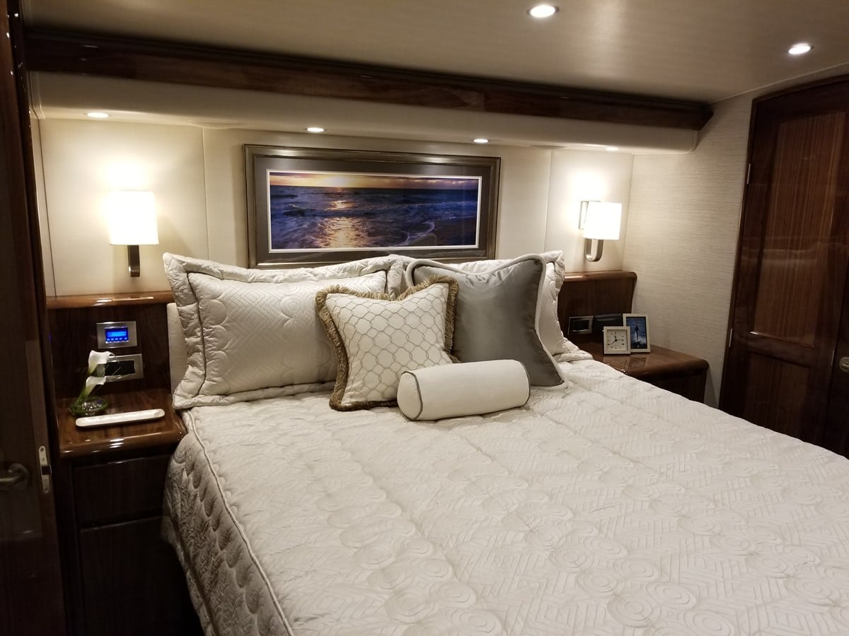 Viking 62 Bedroom