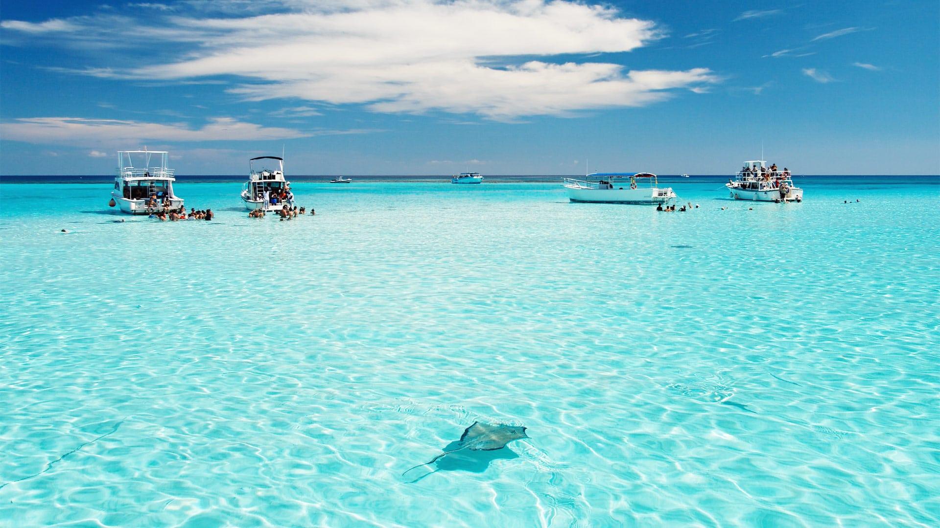 Anna Maria Island blue beaches