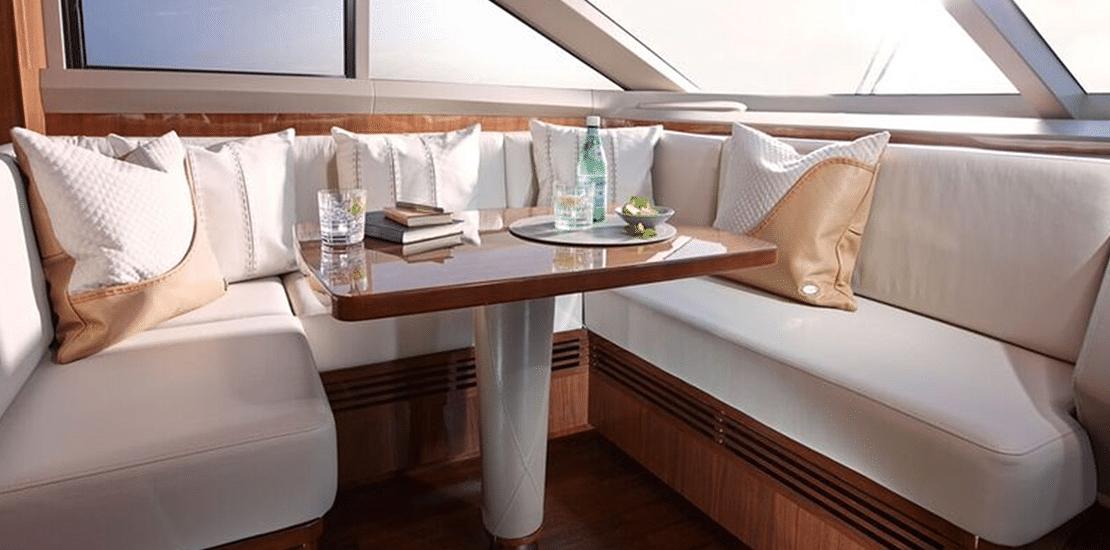 NEW PRINCESS 82MY_0001s_0000_new princess 82 motor yacht wheel house