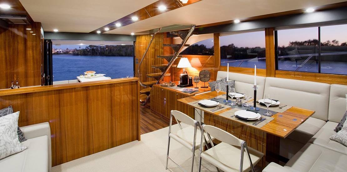 maritimo 64_0000s_0000_maritimo m64 yacht salon2