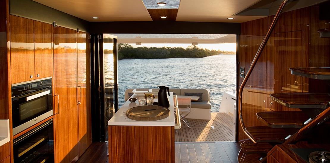 maritimo 64_0000s_0005_maritimo m64 yacht galley2