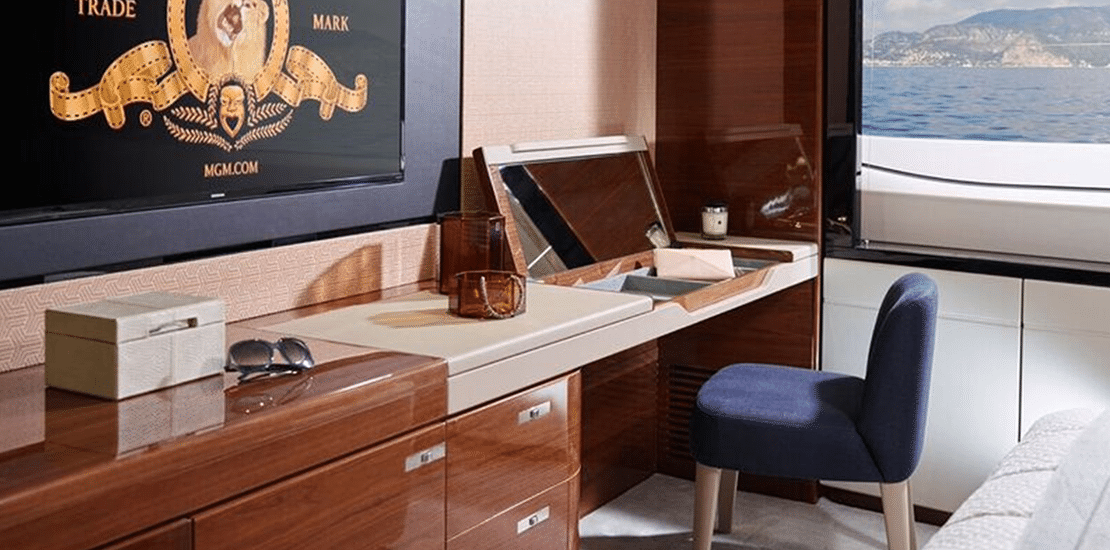 new princess 30m_0000s_0003_new princess 30m yacht master stateroom dressing table