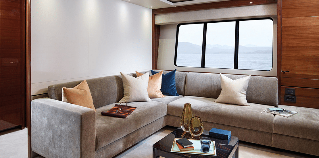 new princess 35m_0000s_0003_new princess 35m yacht vip lounge