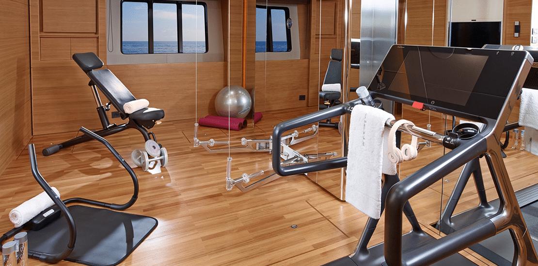 new princess 40m_0000s_0010_new princess 40m yacht gym