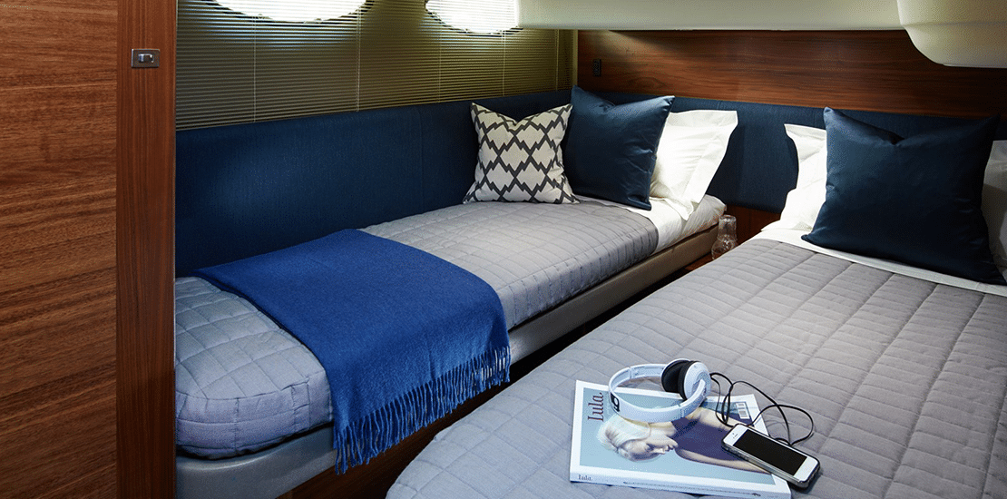 new princess 43fb_0004s_0007_new princess 43 flybridge yacht guest stateroom