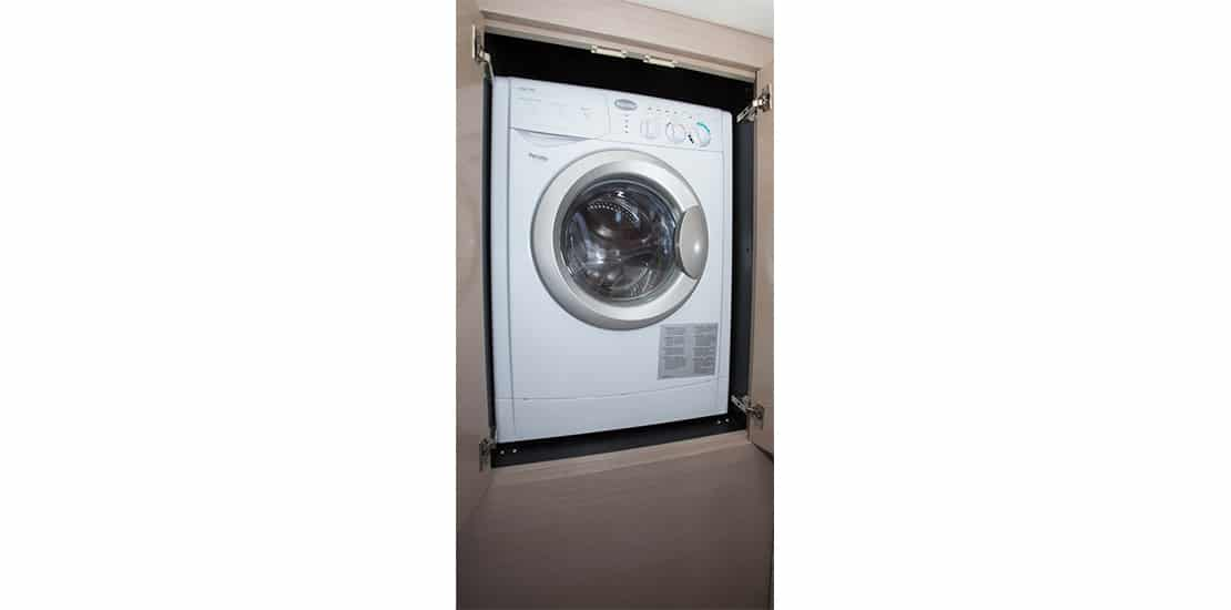 new_0000s_0000_new cruisers 54 cantius yacht washer