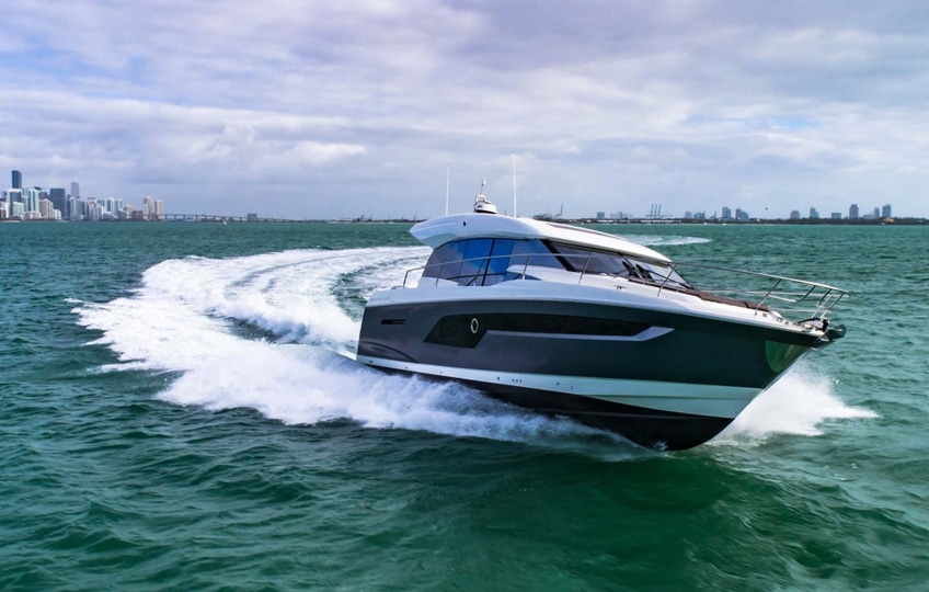 New Prestige Yachts 520S Yacht
