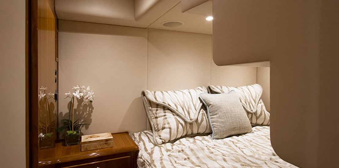 viking 44_0000s_0008_viking 44 open guest stateroom