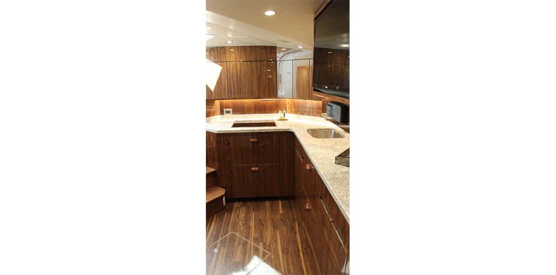 viking 48 st_0000s_0005_viking 48 sport tower yacht galley2