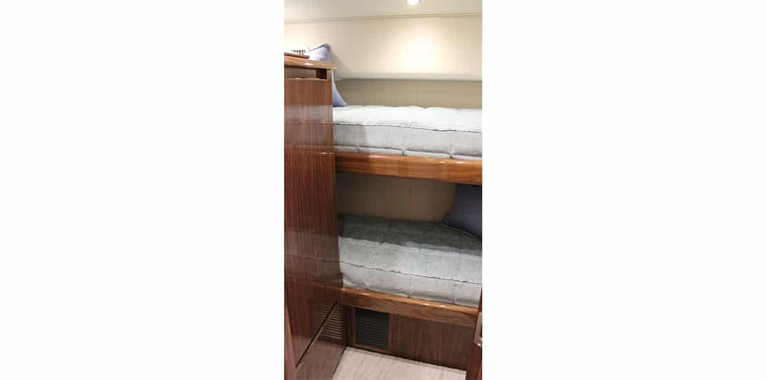 viking 48 st_0000s_0009_viking 48 sport tower yacht bunked stateroom