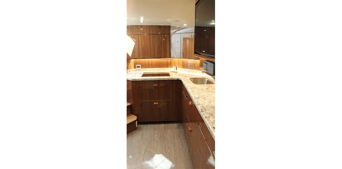 viking 48_0000s_0004_viking 48 open yacht galley