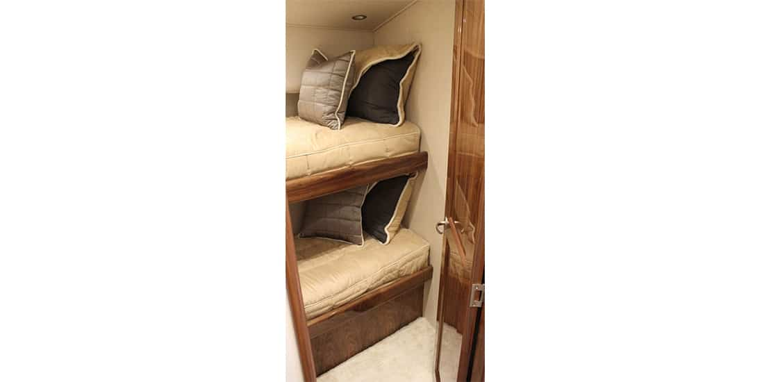 viking 48_0000s_0007_viking 48 open yacht bunked stateroom
