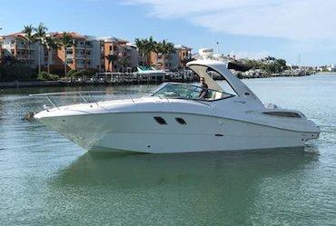 New SEA RAY 33 SUNDANCER Yacht