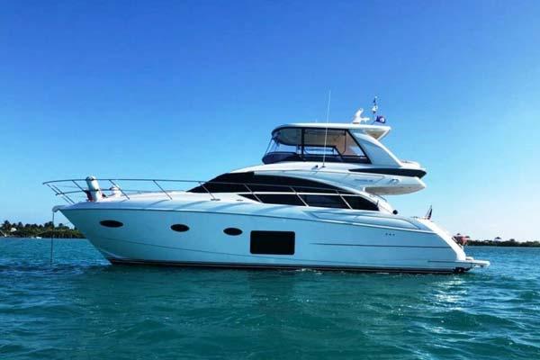 New PRINCESS 52 FLYBRIDGE Yacht
