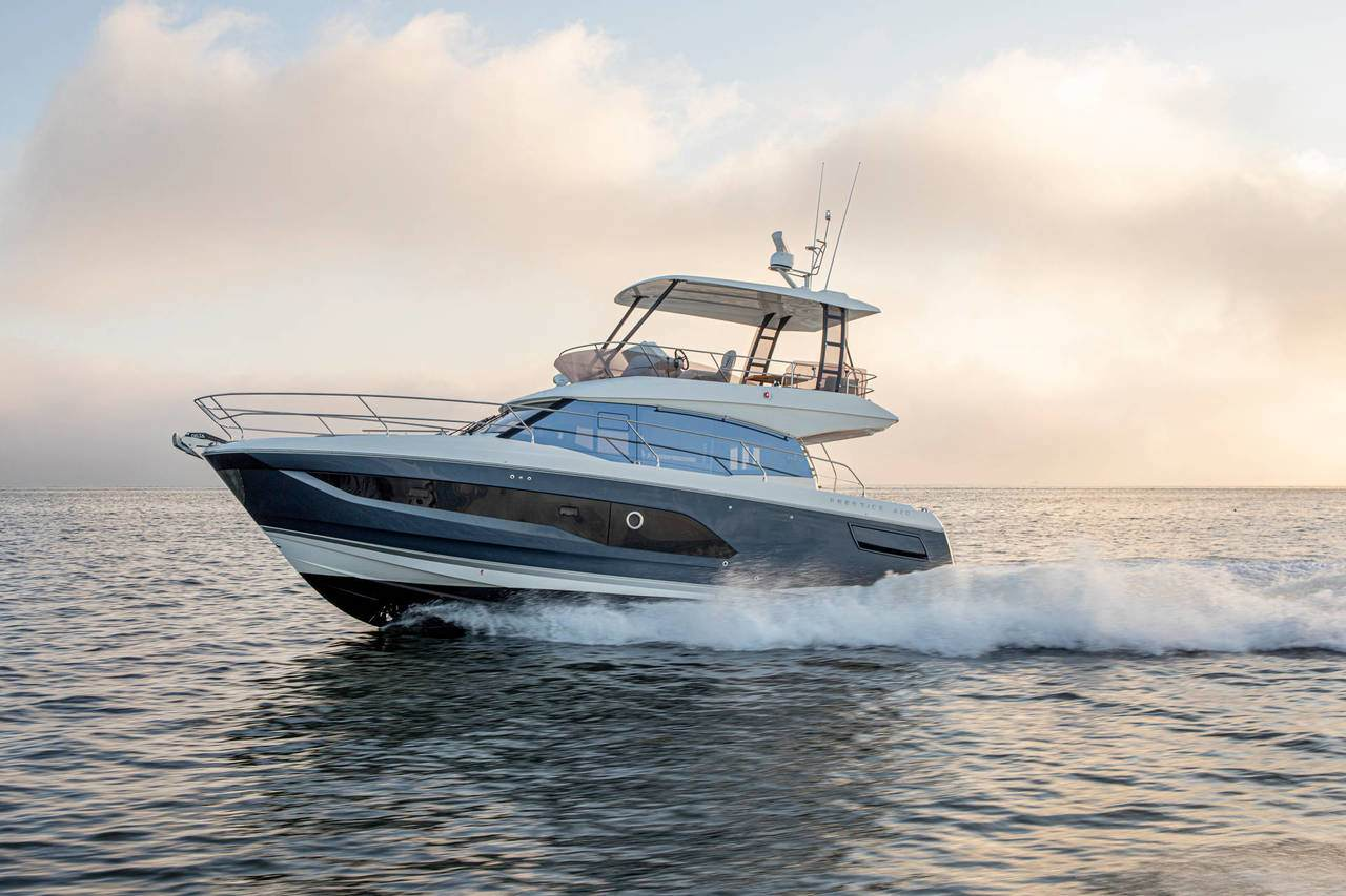 Read All About It | Prestige Yachts 420 Fly