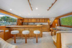 2010 80 donzi yacht